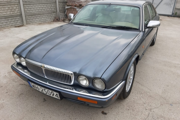 Jaguar X300 Daimler Long 4.0